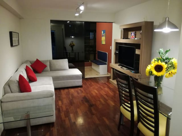 Location and confort - Miraflores - Pis