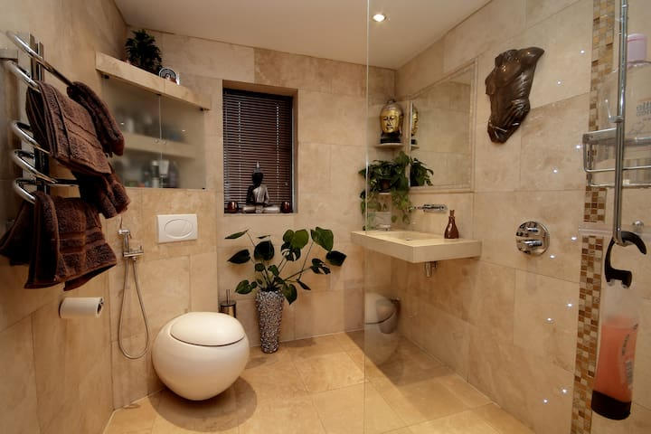 Luxury Double room, private wetroom - Newcastle Upon Tyne - Haus