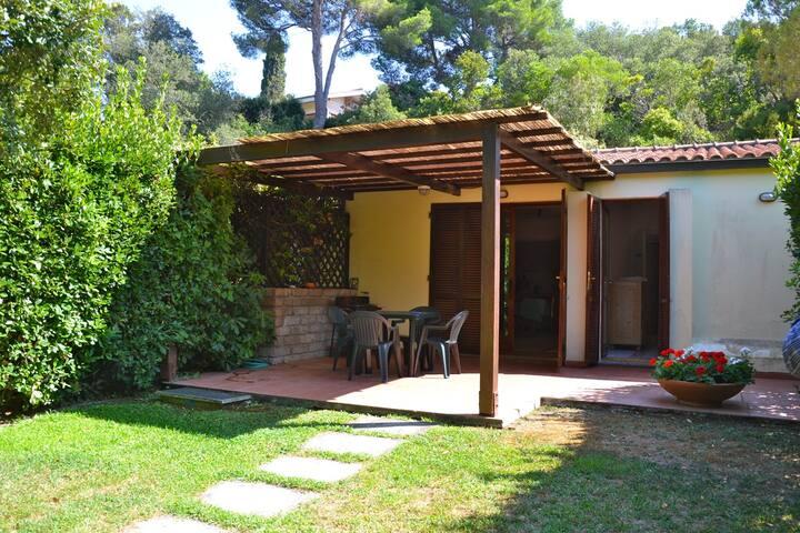 Beautiful Tuscan Cottage by the Sea - Punta Ala - Dům