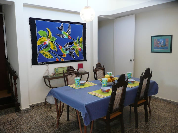 Barefoot Travelers Rooms Guesthouse in Humacao