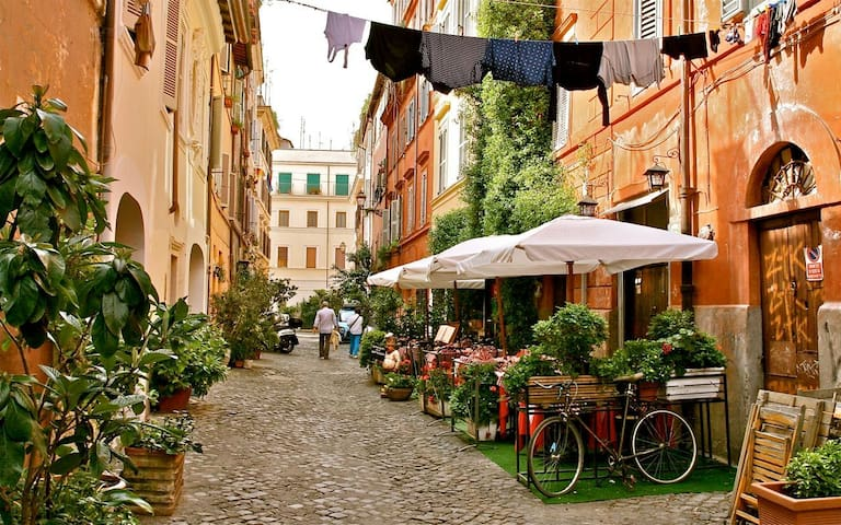 In Trastevere, in the heart of Rome