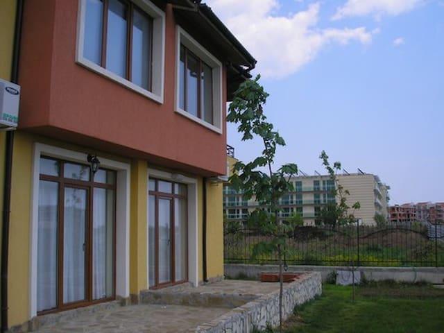 Angel Villa - Burgaz - Ev