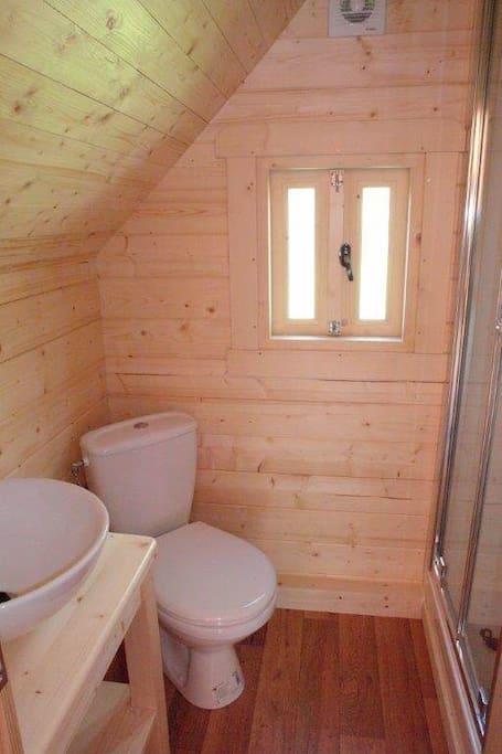 Cabane Tröll Salle de douche