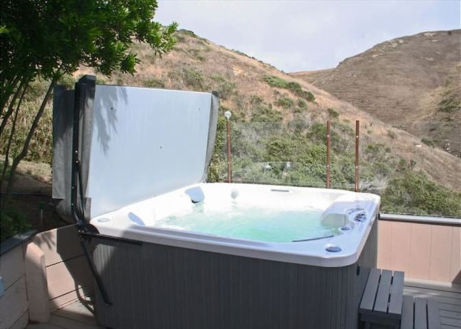 Newer Hot Tub opens to Open space!
