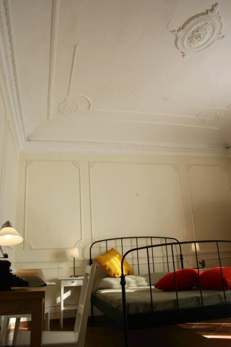 b b nim a palermo centro storico chambres d 39 h tes louer palerme pa italie. Black Bedroom Furniture Sets. Home Design Ideas