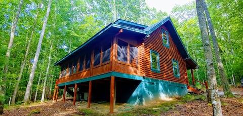 Cozy Cabin w King, 8-Stall Barn, Borders Natl Park