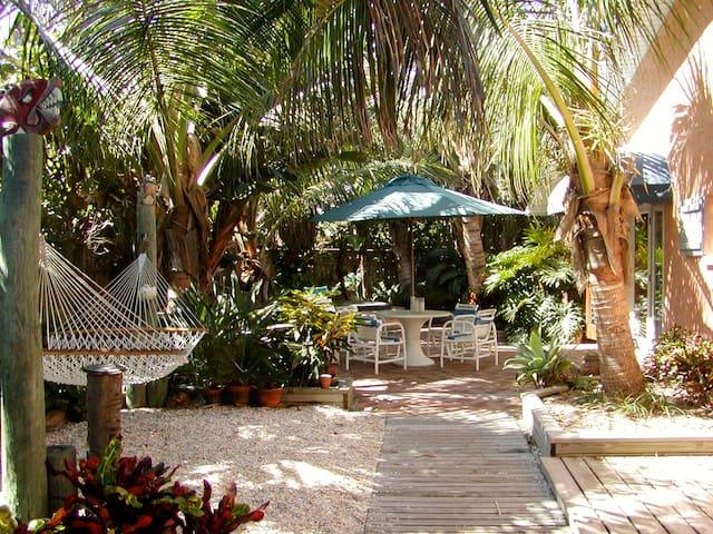 Tropical oceanfront garden villas