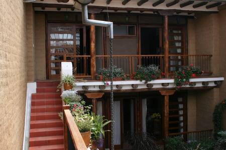 Split-level studio, downtown Cuenca - Cuenca Canton