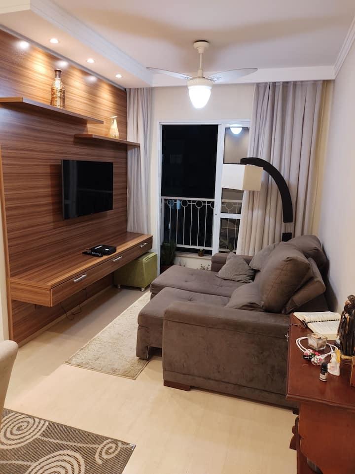 Quarto em apartamento super confortável.