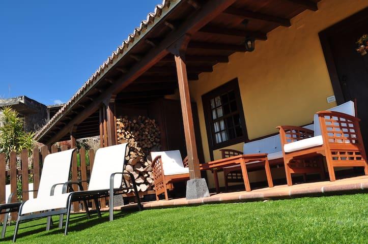 Cha Miquela de Abajo, Turismo Rural - Puntallana - Casa
