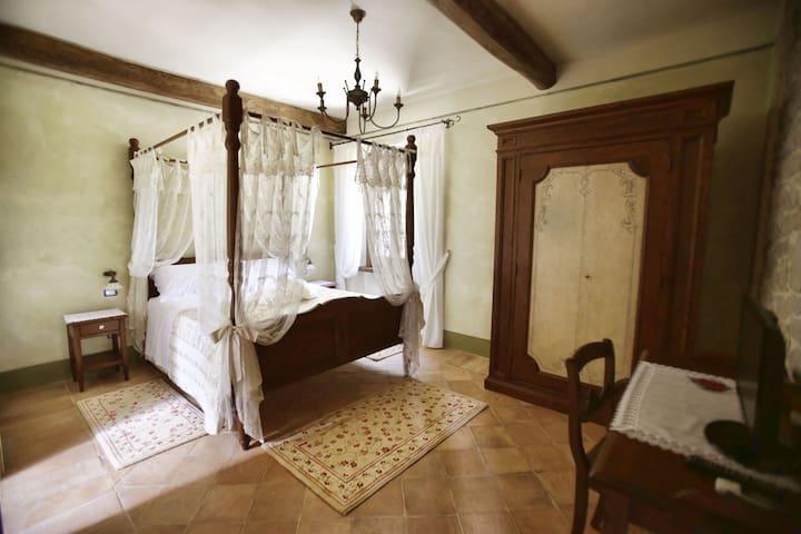 Ruspante Hostelry, Carmina room - Castro dei Volsci - Bed & Breakfast
