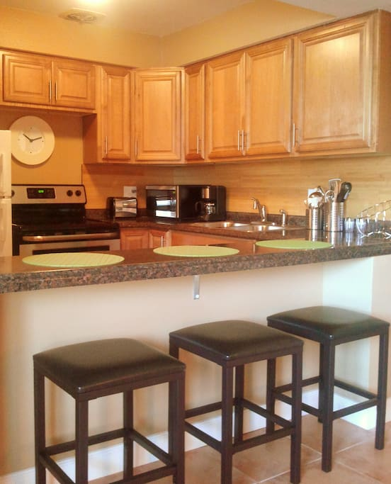 Full upgraded kitchen with stainless steel appliances