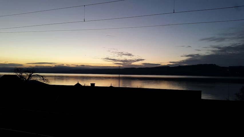 Cachet, vue sur le lac, bien placé - Grandson - Apartment