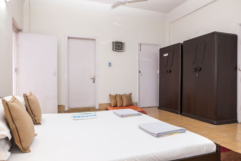 All rooms have a lockable cupboard for your belongings