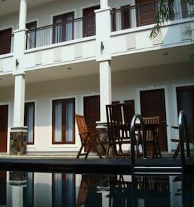 Shraya Residence BnB to relax - Bed & Breakfast