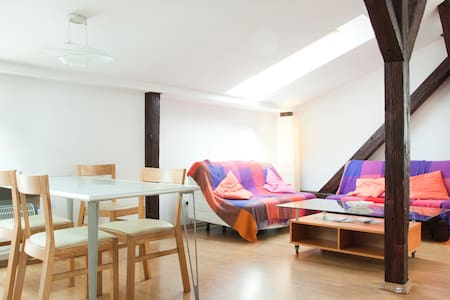 Bright loft - central with air conditioning! - Cracovia