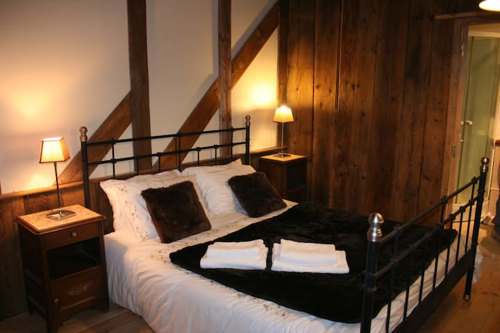3)B&B in centre of Samoens and Alps - Samoëns - Bed & Breakfast