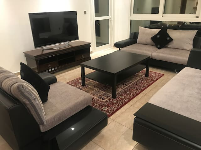 Luxury Two Bed in Palm Jumeirah