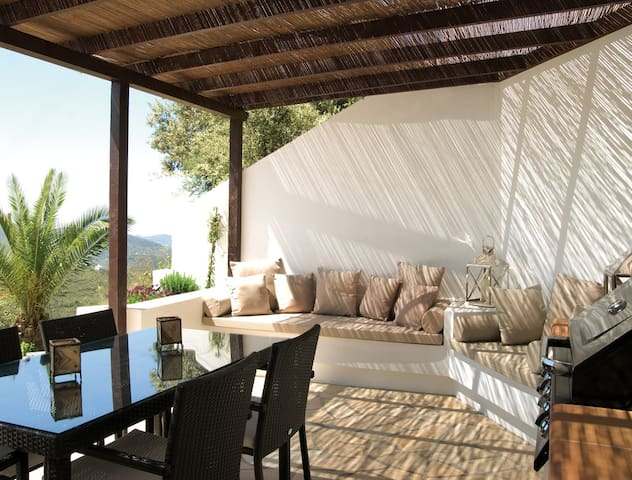 Cozy house+pool with beautiful view - Canillas de Aceituno - Casa