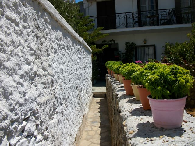 Gasmin Pension - Samos Prefecture - Bed & Breakfast