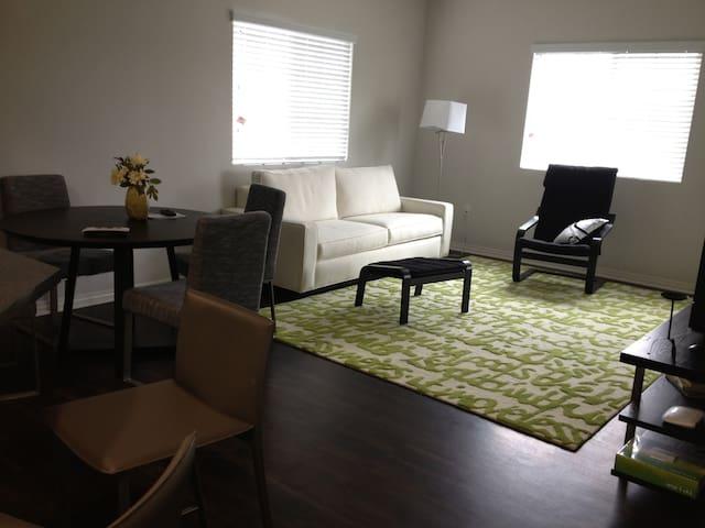Room 206.2 in Luxury LA Apartment - Los Angeles - Pis