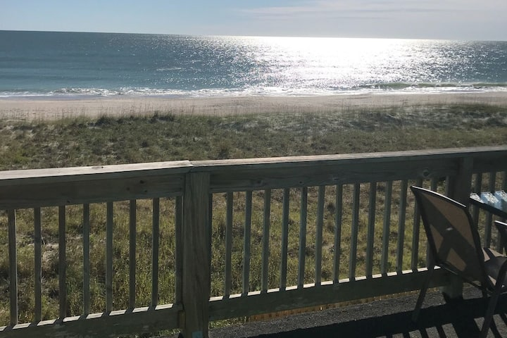 *Sunlit and Serene* Oceanfront 3BR Condo w/ Pool