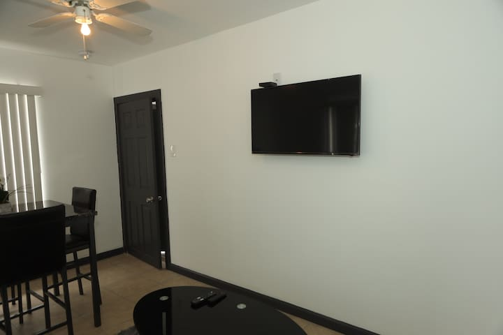 "40"" smart tv  high speed internet along with free WIFI"