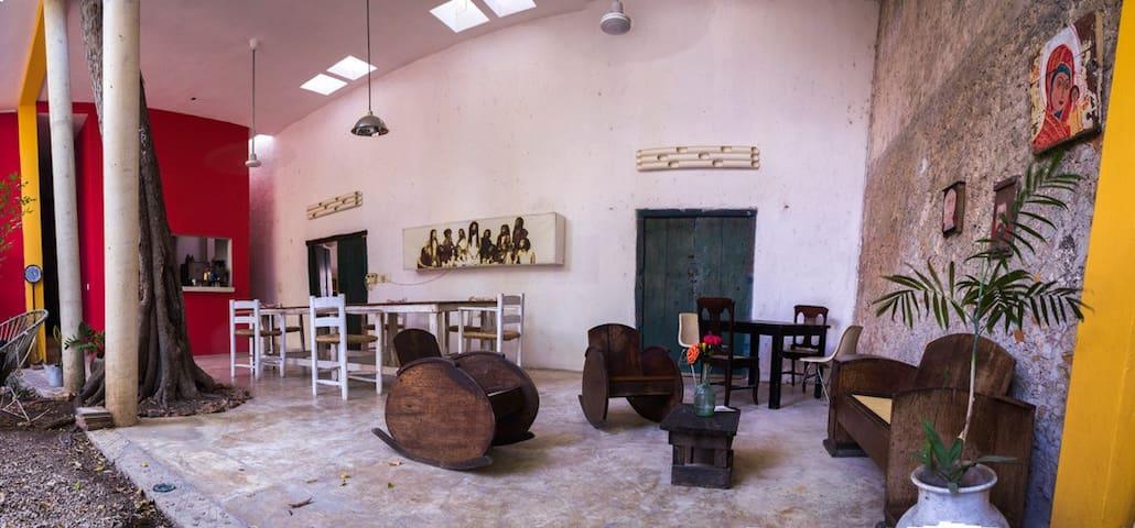 Habitación muy agradable en el Centro Histórico - Mérida - House