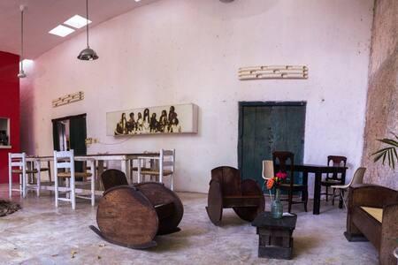 Habitación muy agradable en el Centro Histórico - Mérida - 独立屋