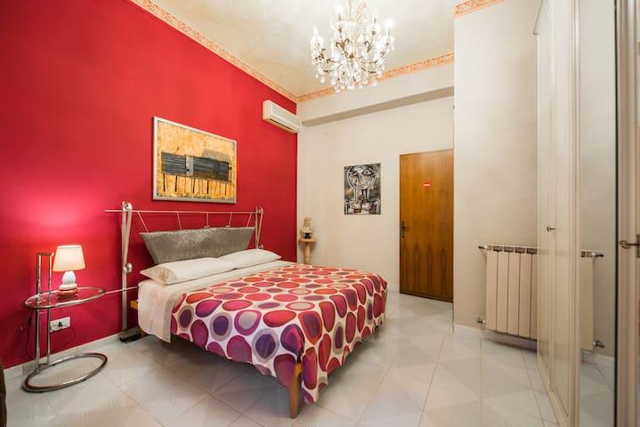 Magico appartamento: La Dimora dei plauzi - Tivoli - Bed & Breakfast