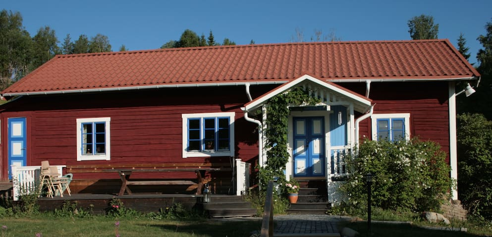 Bakgårdens bed and breakfast
