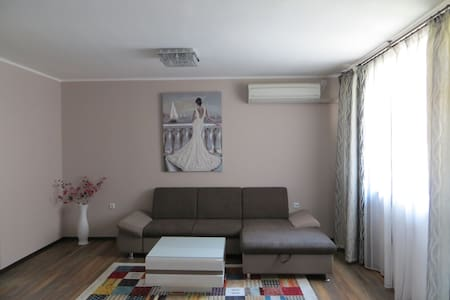 Azure Sea Apartment - Burgas