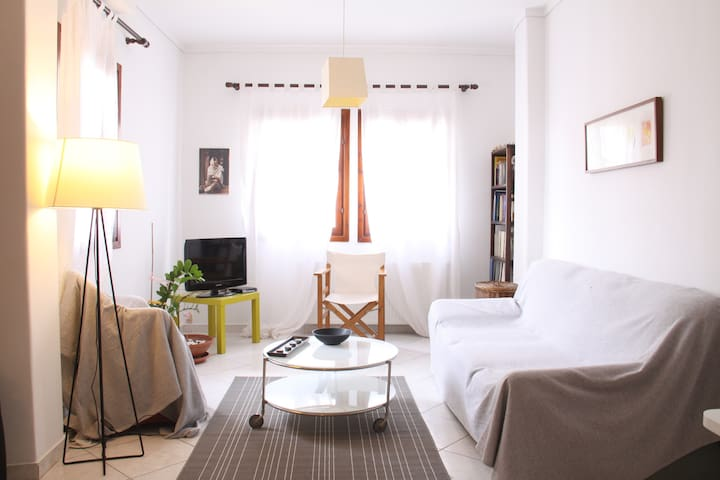 Tranquil apartment in a traditional neighborhood - Thessaloniki