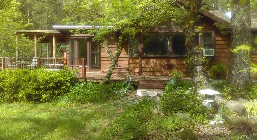 Canyon Riverfront Home - Chico - Haus