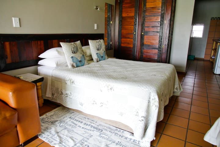 Self-catering Chalet 10