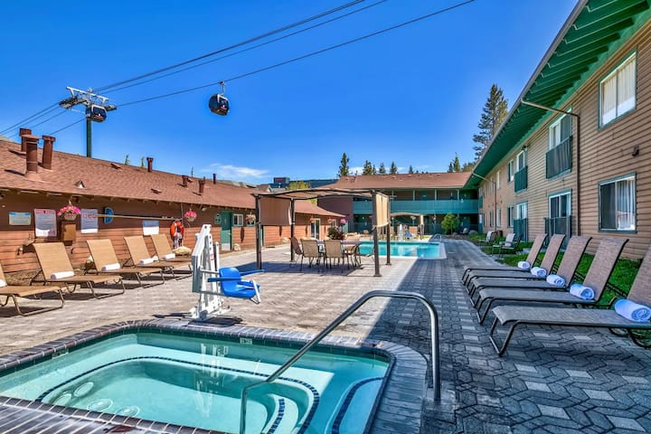 Great for Groups! Scenic Views! Close to Shopping!