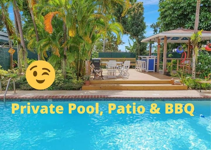 SJU Parrot House Private Pool 7am-11pm, BBQ & Bar