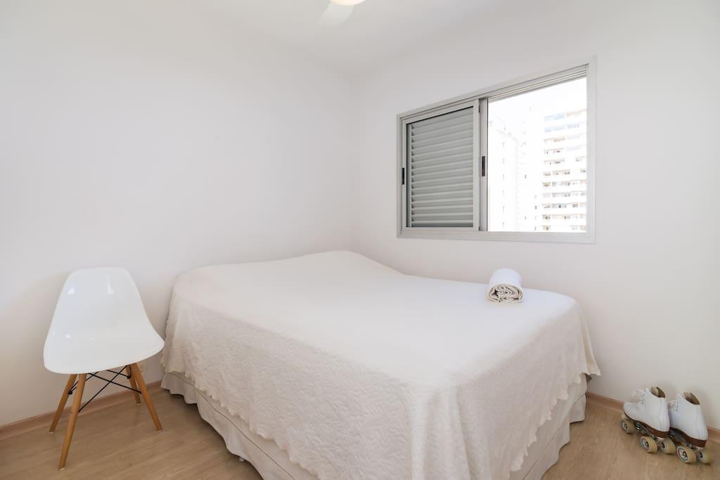 Bedroom Suite - Queen Size Bed