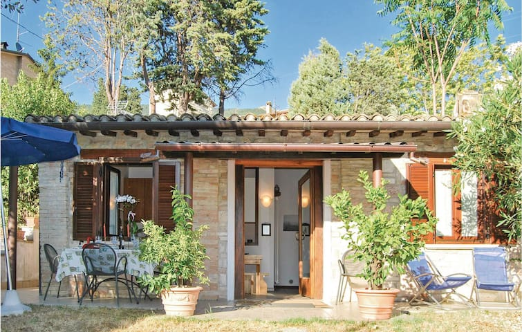 Holiday cottage with 1 bedroom on 45m² in Viole di Assisi  PG