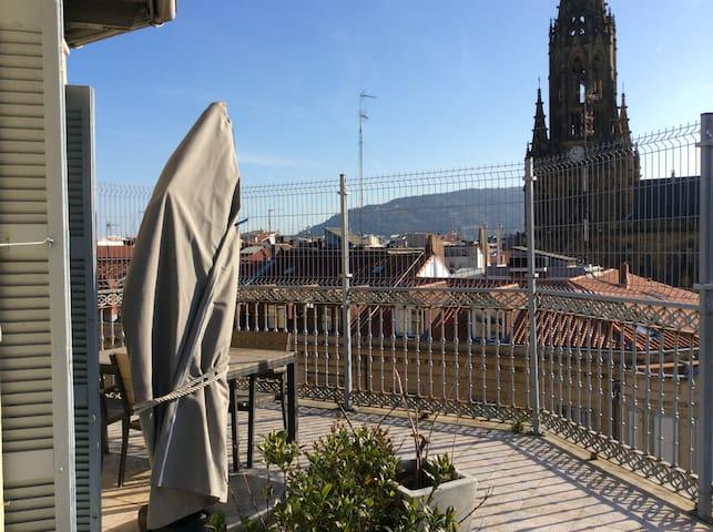 En el centro, acogedor, luminoso y gran terraza - San Sebastián - House