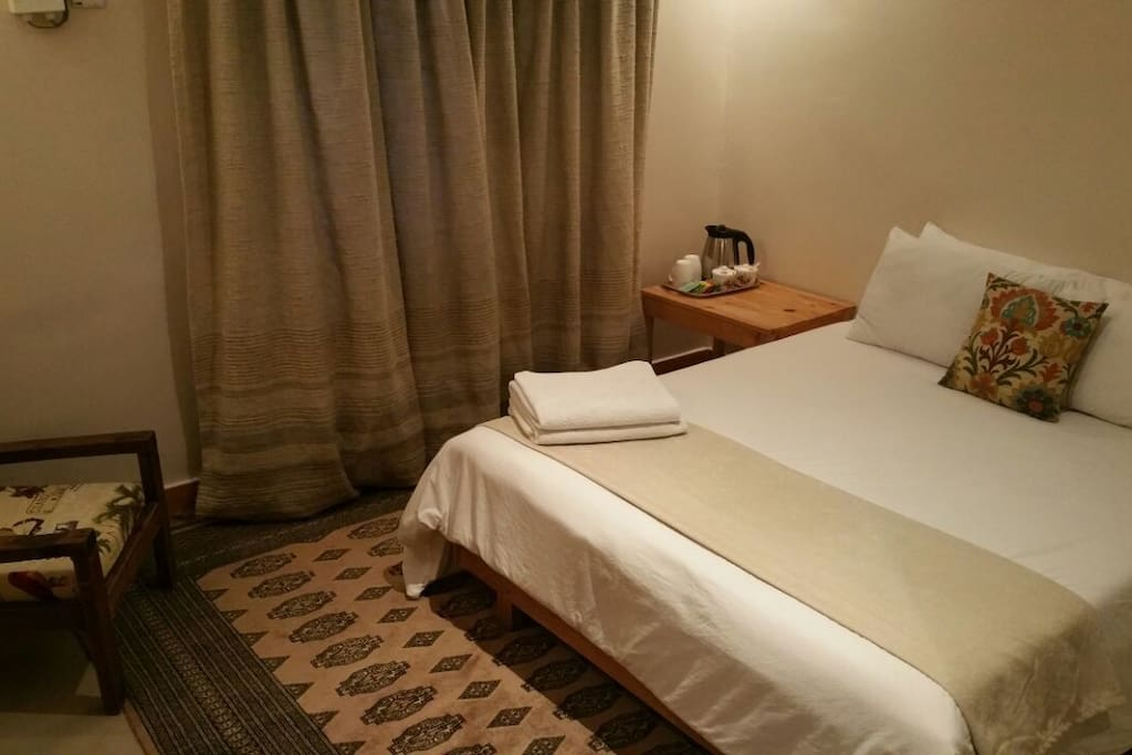 Coz, well appointed room