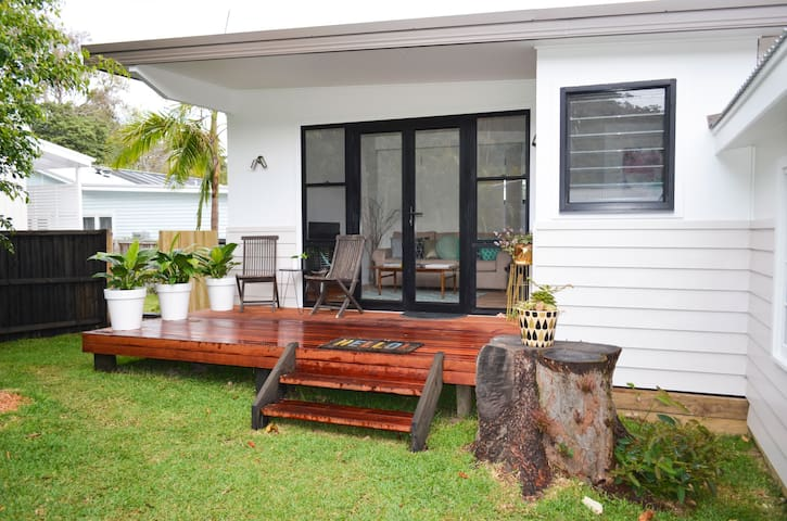 Beach Suburb - 2 Bedroom House - New Build - Avalon Beach - 別荘