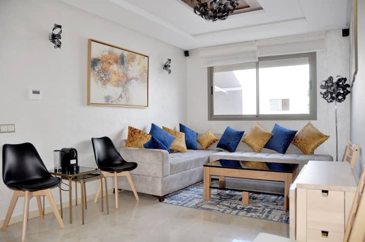 Casa lilas luxurious apartemnt(Oldtown 5 min walk)
