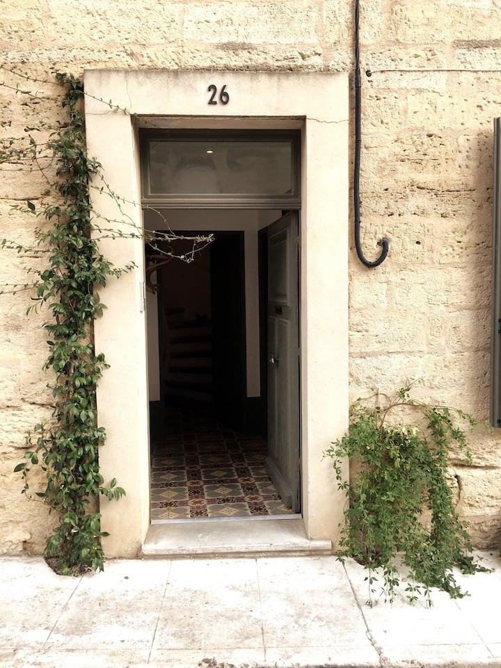 Charming apartment in Uzès