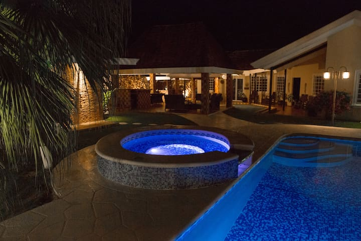 Tranquilo Retreat, Private Room, Caters to Writers
