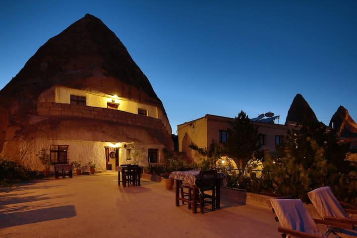 BnB - Cave Hotel Saksagan DBL Room