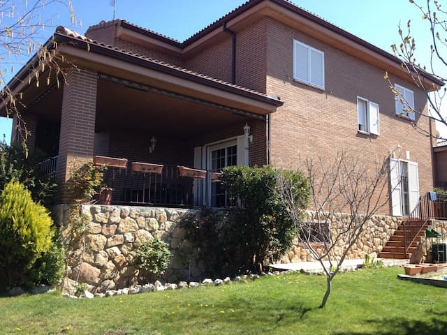 Chalet Sierra de Guadarrama(Madrid) - Los Molinos - Casa