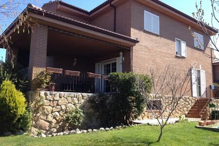 Chalet Sierra de Guadarrama(Madrid) - Лос-Молинос