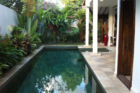 VILLA PRIVATE, 2br, QUIET, Seminyak - Kuta - House