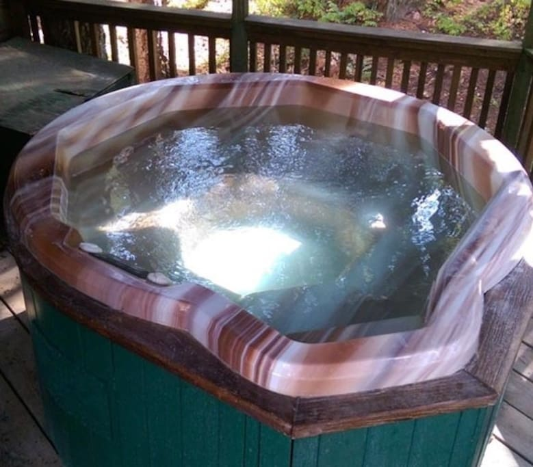 Your very own secluded and private hot tub -- ready any time!!